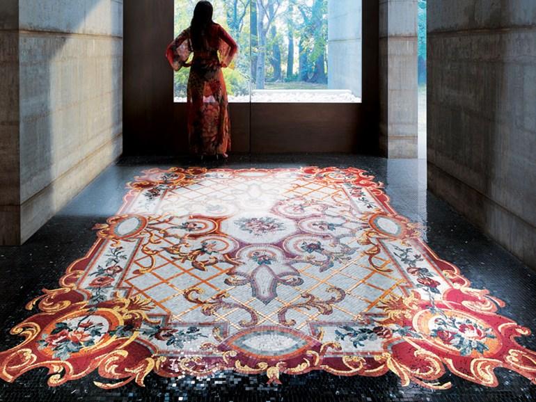 Мозаичные полы в интерьере дома.