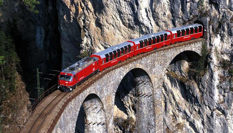 мосты и тоннели Bernina Express - Bernina Express или красный швейцарский поезд