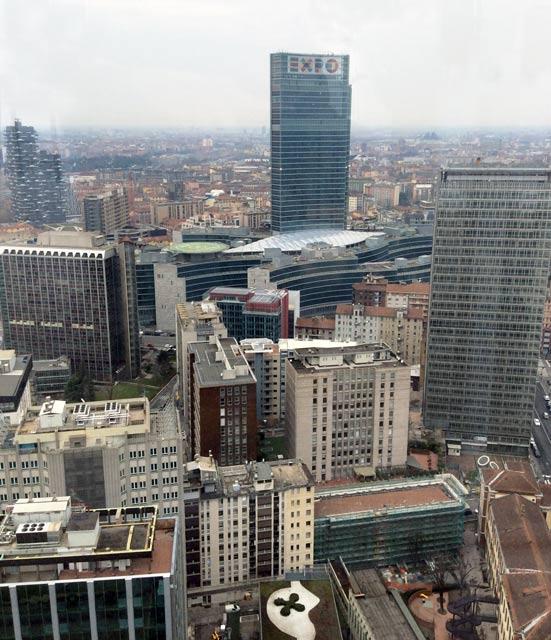 pirellone9 - Панорама Милана с высоты 32 этажа