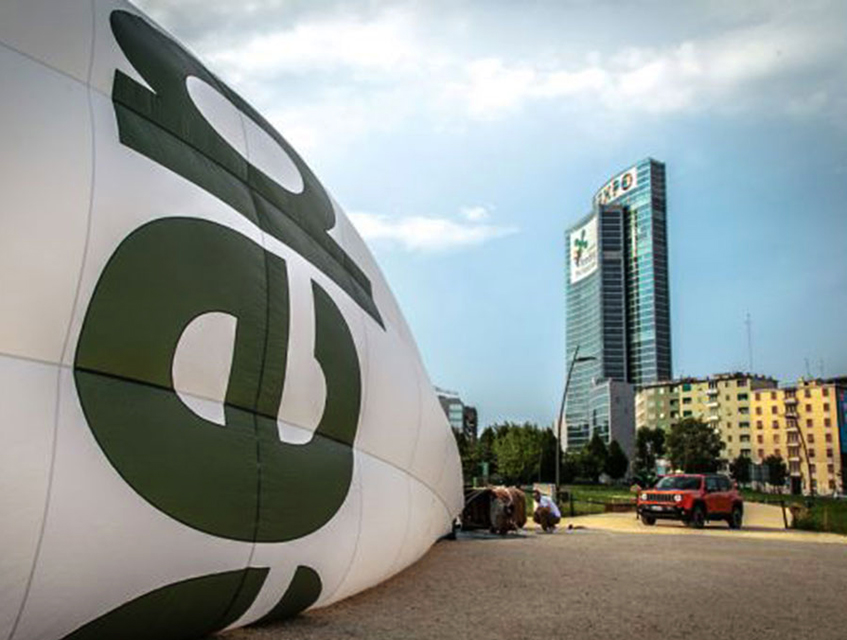 Jeep Balloon Experience Sobre Milan MAKINAS - Что посмотреть в Милане. Неделя 34