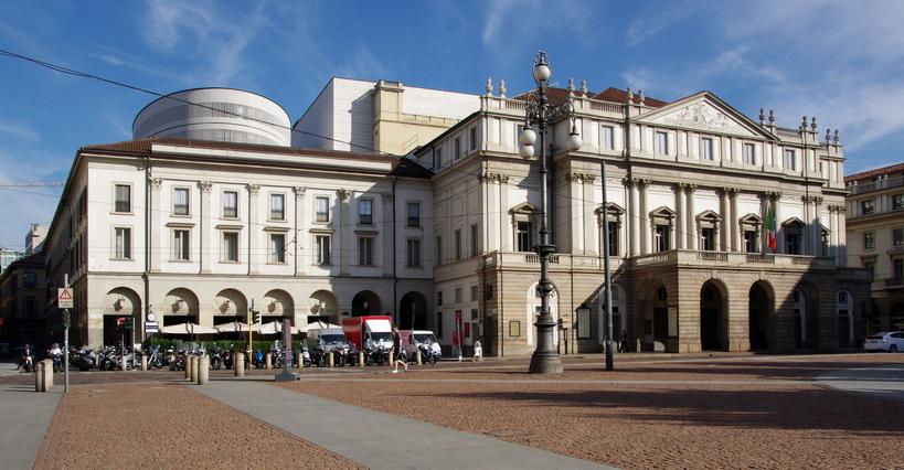 20110725 Milano La Scala 5507 новый размер - Спектакль в Ла Скала за 10 евро