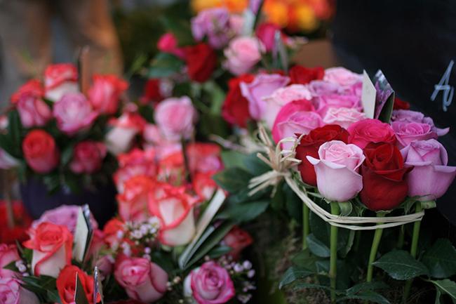 au nom de la rose1 - Запаситесь цветами и шоколадом - поздравьте женщин с 8 марта!
