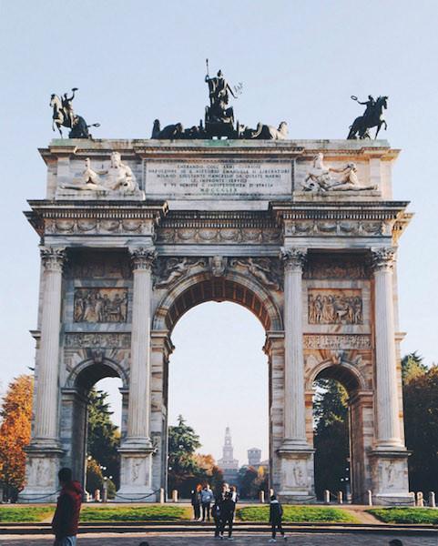 мира в милане 1 481x600 - Милан в фотообъективе Ксении Соколовой