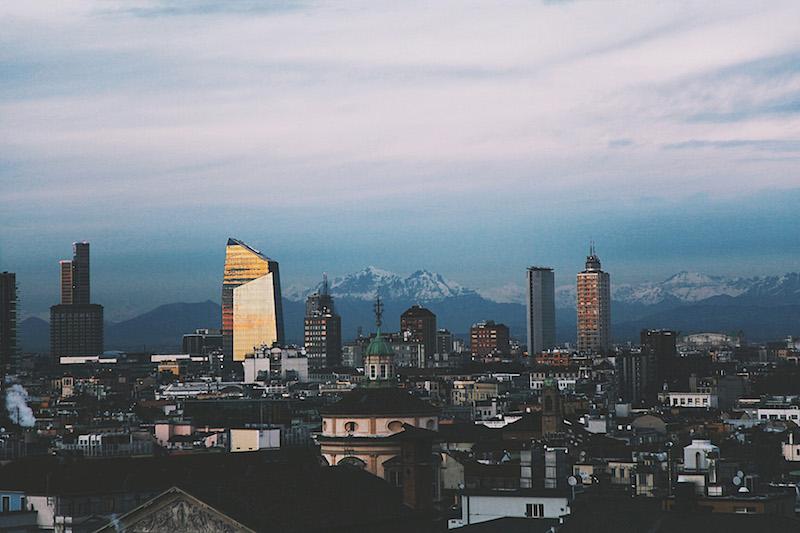 горизонт Милана
