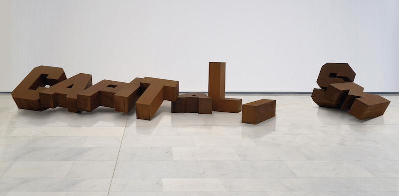 Fallen Capitalism Andrei Molodkin low - Российское искусство в Милане