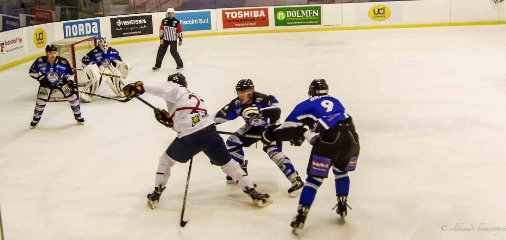 IMGP4611 1024x487 - Хоккей в Милане