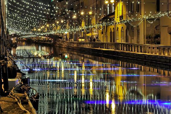navigli natale 1 - Что посмотреть в Милане на Новый Год