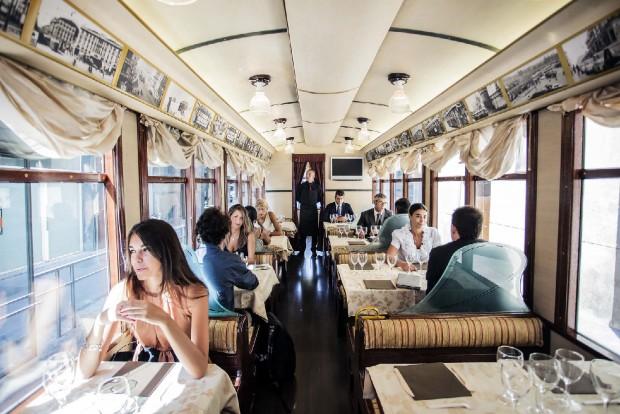 Новые места в Милане трамвай Атмосфера