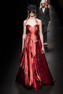 Gucci RF16 1134 202x300 - Лучшие показы женской недели моды в Милане осень-зима 2016-17