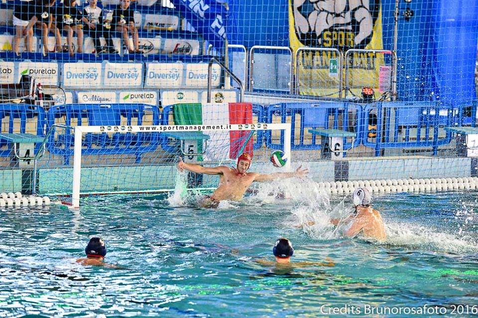Pro Recco Waterpolo 1913 и Circolo Canottieri Napoli полуфинал Кубок Италии по водному поло среди мужчин