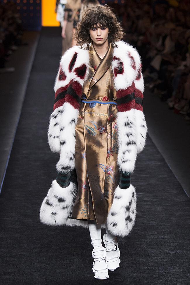 fendi3 - Тенденции Миланской недели моды 2016/2017
