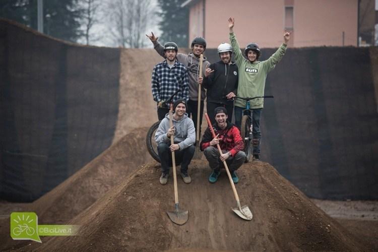 monza pizza bike park mtb dirt 16 - Первый городской парк экстремального велоспорта в Монце