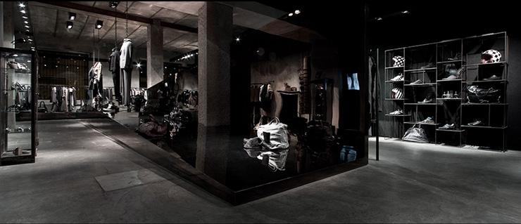 концепт-сторы в Милане - Antonioli