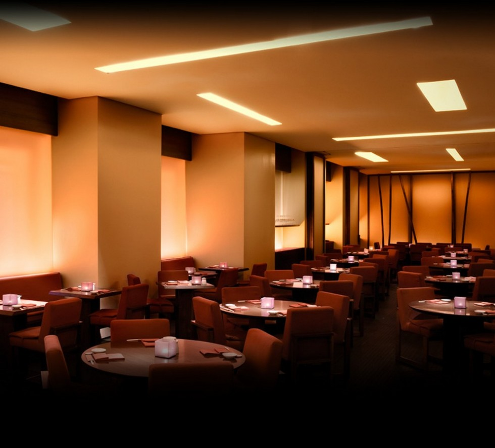 8 amazing restaurants to dining at iSaloni 2014 NOBU by Armani e1393425091576 - Еда и мода: лучшие fashion рестораны Милана