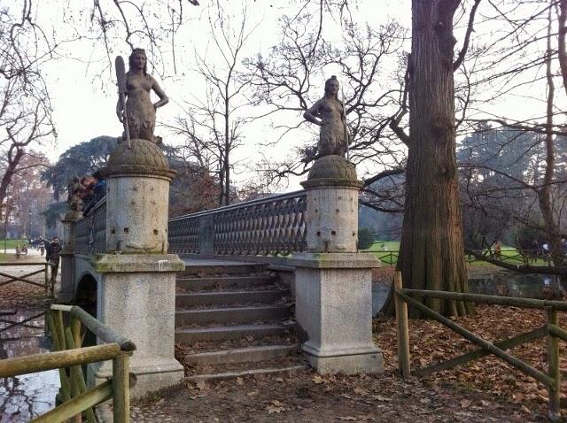 Мост сирен в парке Семпионе