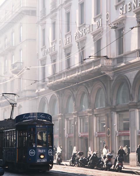 трамвай серия 1927 года в Милане