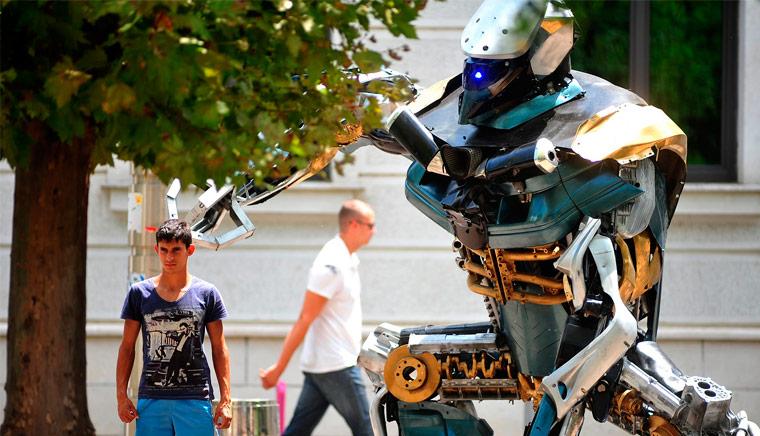 GIGANTESCHI ROBOT IN MOSTRA MILANO I TRANSFORMERS AL MUSEO - Что посмотреть в Милане. Неделя 14