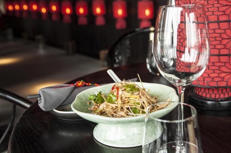 и по китайски 5 ресторанов TOP в Милане WANG JIAO 906x600 - Вкусно и по-китайски - ТОП 5 ресторанов в Милане