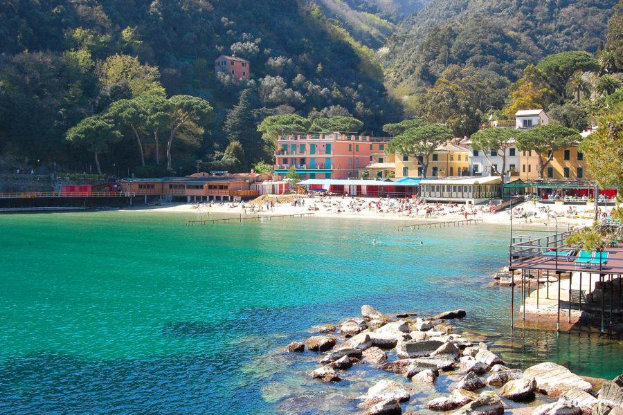Paraggi 900x600 - Самые красивые пляжи Италии