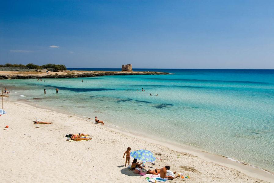 porto cesario 897x600 - Самые красивые пляжи Италии