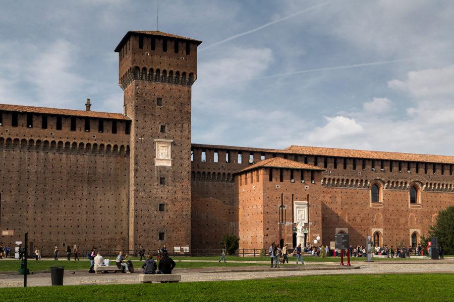castellosforzesco15 900x600 - Милан за 2 дня: что посмотреть