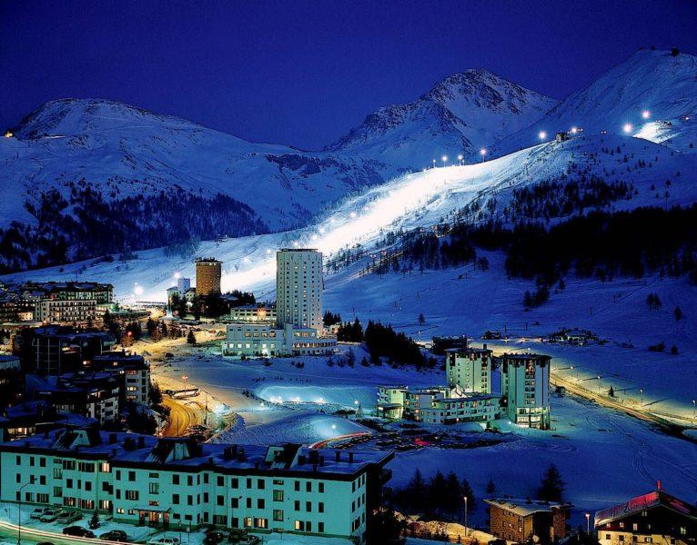 Sestriere  766x600 - Мороз и солнце: горнолыжные курорты недалеко от Милана