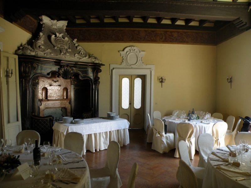 castello silvestri 2 1024x768 800x600 - За один день: средневековые замки, дворцы и виллы Ломбардии