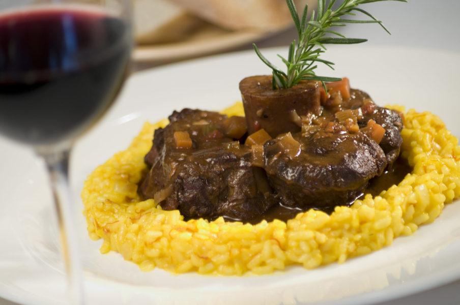 cucina milanese 904x600 - Милан - это про еду! Гастрономические события ноября в Милане