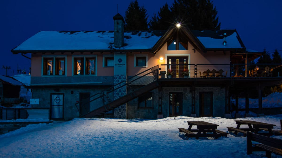Mottarone - Зимняя сказка: Rifugio Genziana