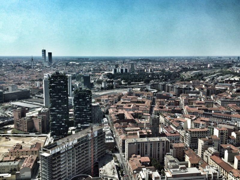 palazzo lombardia 800x600 - Топ Ту Ду Лист: Милан 2019